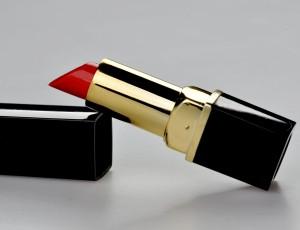 lipstick-1818418_1280
