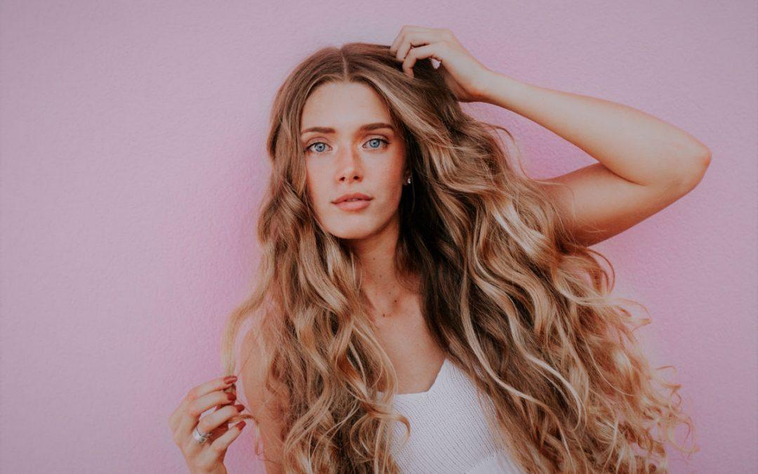 Les avantages des compléments alimentaires pour cheveux
